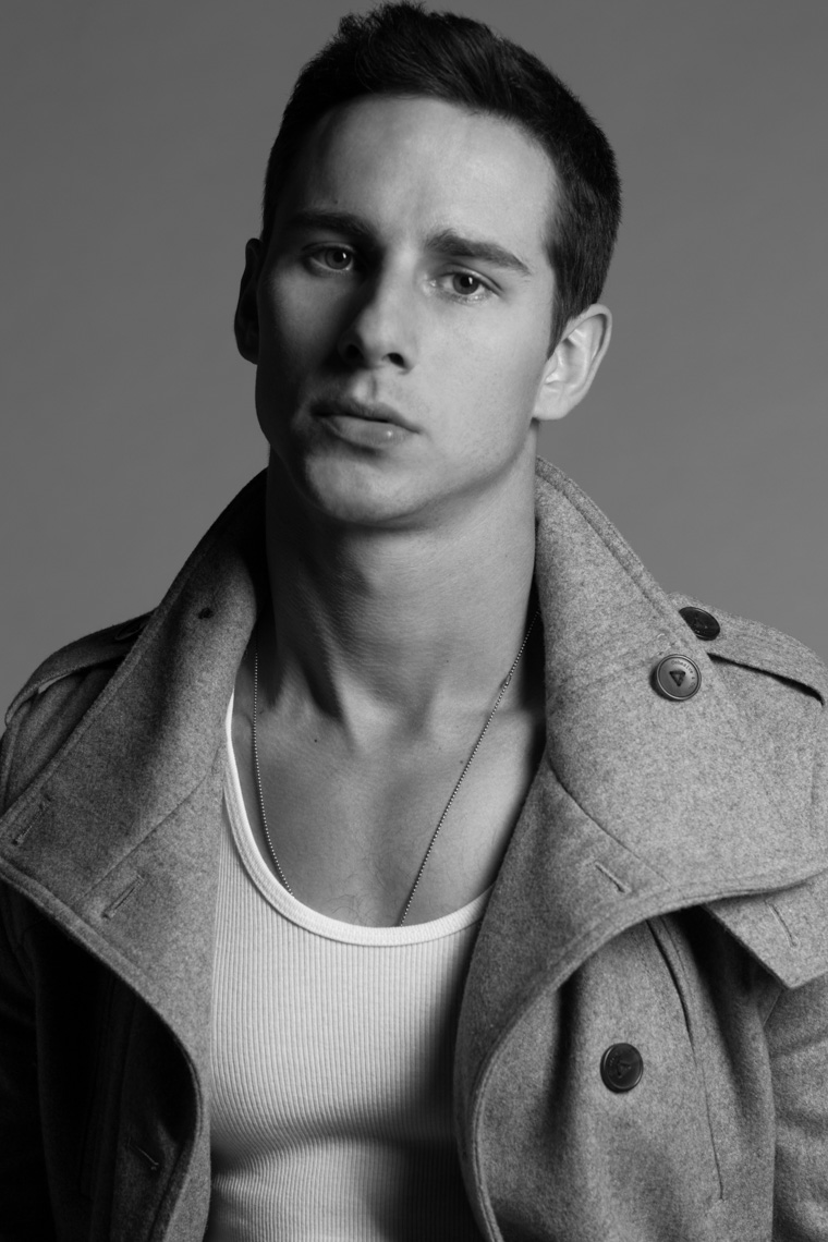 Kelly Blatz-Actor